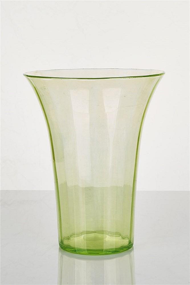 deco glass vase
