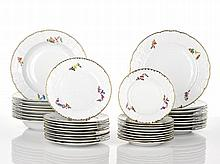 Herend Dinner Service comprising ten entrée