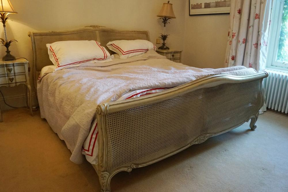LARGE FRENCH CARVED KINGSIZED BED