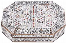 NINETEENTH-CENTURY ANGLO-INDIAN MOTHER O'PEARL JEWELLERY BOX