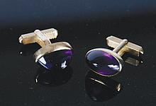 Pair of 15 ct. and amethyst cufflinks