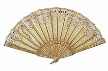 NINETEENTH-CENTURY LACE AND PARCEL GILT FAN