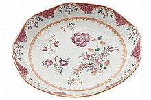 EIGHTEENTH-CENTURY CHINESE FAMILLE ROSE PLATE