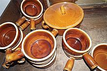 12 POTTERY SOUP BOWLS AND A POTTERY SOUP TUREEN