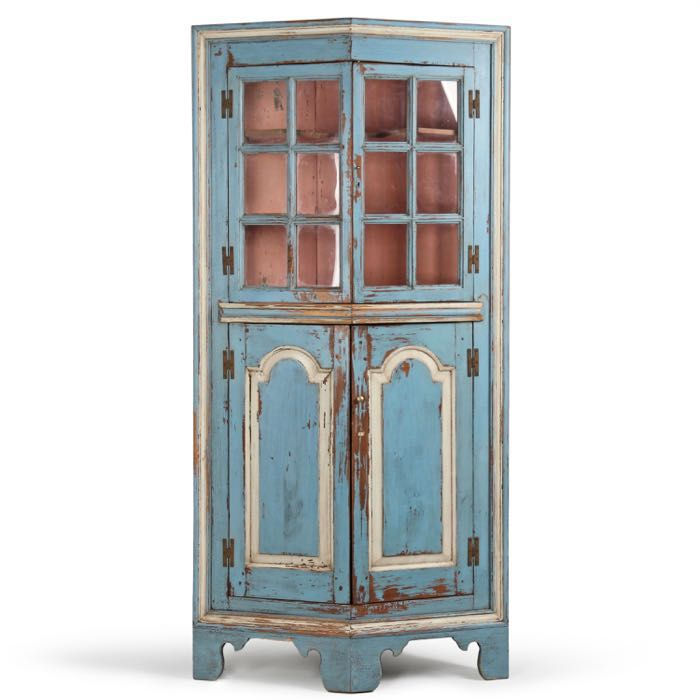 American Turkey Breast Antique Corner Cabinet, Eastern Shore