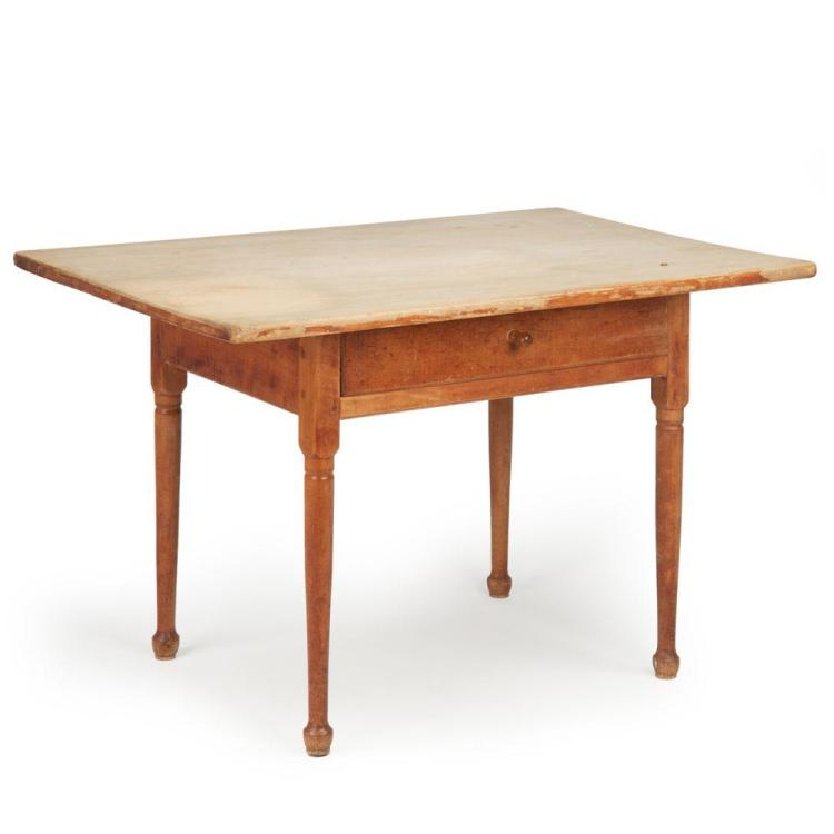 American Scrubbed Pine Tavern Farm Dining Table, 19th Century
