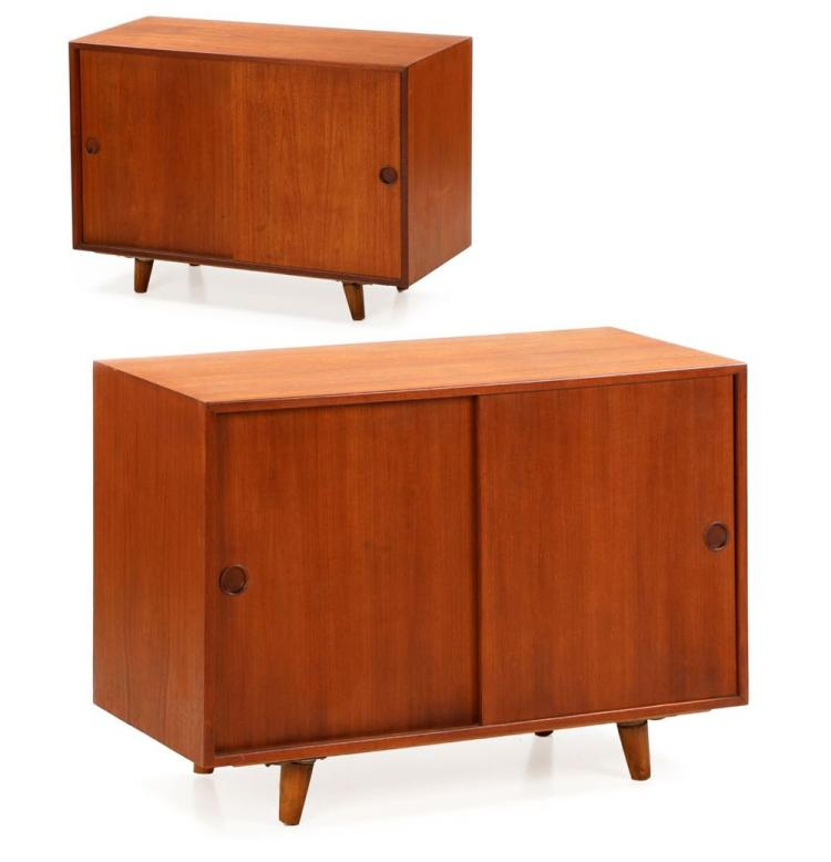 Pair of Danish Mid-Century Modern Teak Nightstands Cabinets by Peter Hvidt