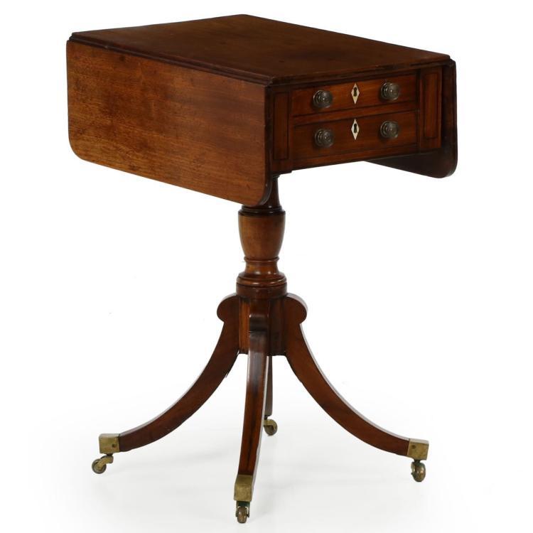 English George III/Regency Mahogany Antique Pembroke Table c. 1810, 604NTU30