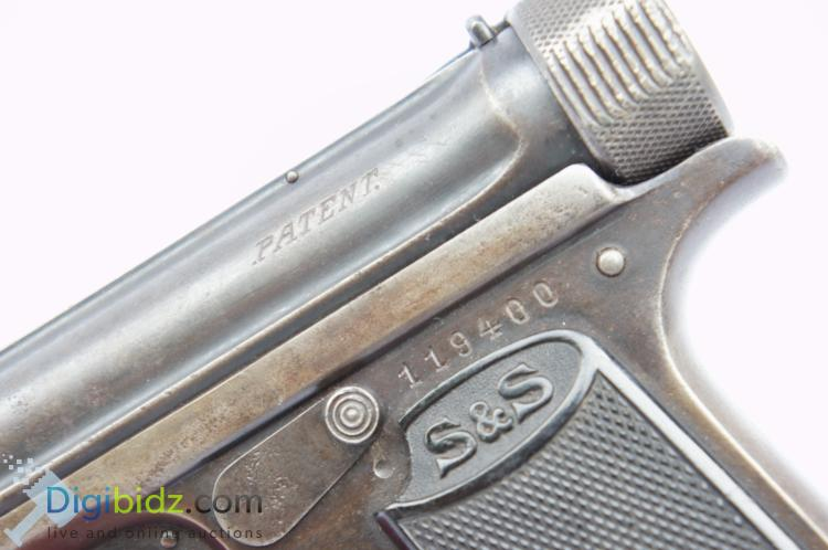 Lot 33: J.P. Sauer and Sohn, Suhl 10 Round 7.65mm Semi-Automatic Pistol