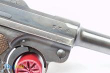 Lot 35: Mauser Luger 8 round 5/42 9mm Semi-Automatic Pistol