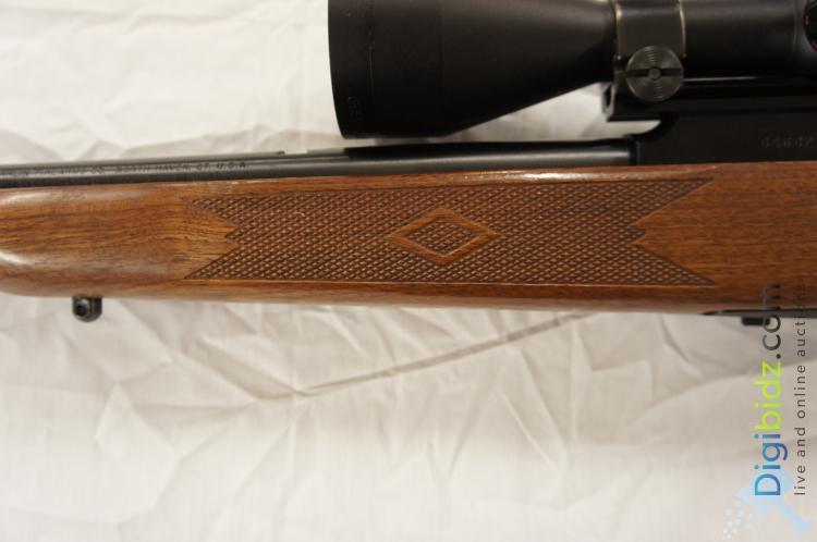 """Lot 39: Marlin 922M Semi Auto .22 WMR Rifle 20"""" HARD TO FIND"""