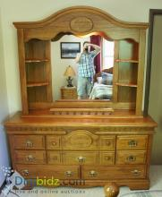Lot 68: Solid Red Oak Queen Bed Set / Sleep Number Mattress