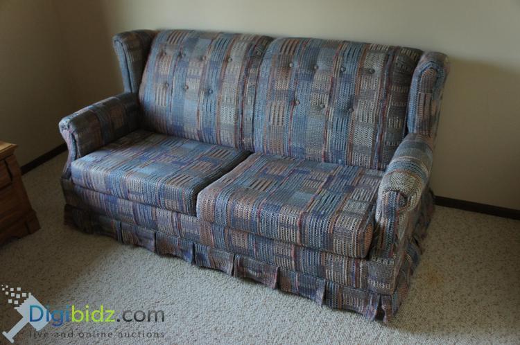 Lot 69: Woven Multi Color Fabric Fold out Sofa