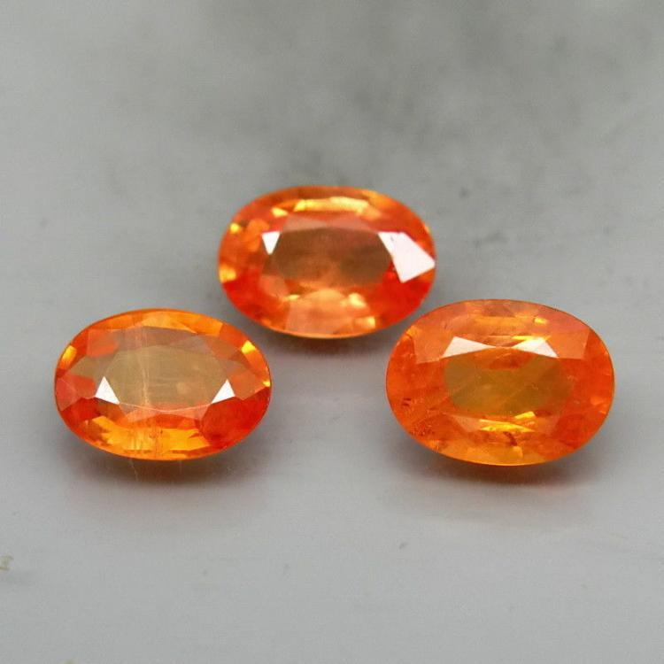 Natural Oval Orange Sapphire 7x5 MM