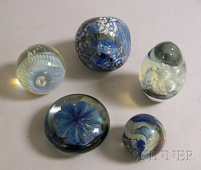 Five Contemporary Signed Robert Eickholt Paperweights, each signed and dated on the base.