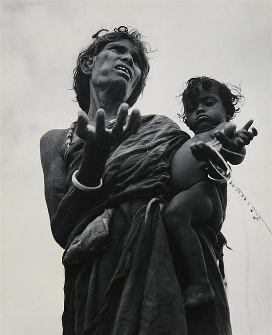 WERNER BISCHOF (Swiss, 1916-1954). INDIA COLLECTION: 14 WORKS, located India; some with labels, stamps and inscriptions. Photographs mo