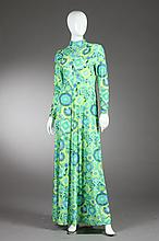 ROBERT-DAVID MORTON GEOMETRIC PRINT DRESS, 1970s; retailed Vera Hicks.