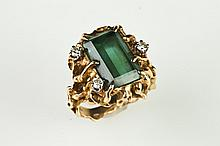 14K NUGGET-TEXTURED YELLOW GOLD, DIAMOND AND TEAL GREEN TOURMALINE RING, - Size 4.