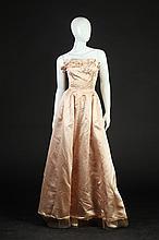 HARVEY BERIN BALLET PINK SILK SATIN BALLGOWN, 1960s; Designed by Karen Stark; retailed Neiman Marcus.