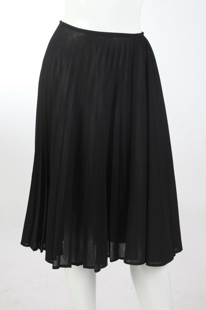 DRIES VAN NOTEN BLACK PLEATED SKIRT, Size 42.
