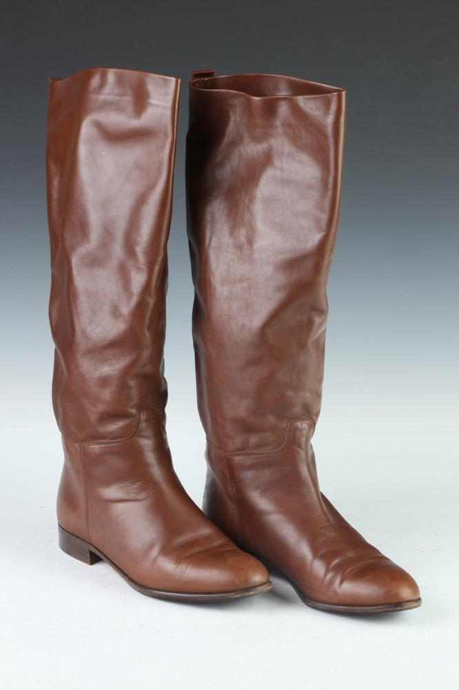 CALVIN KLEIN BROWN LEATHER