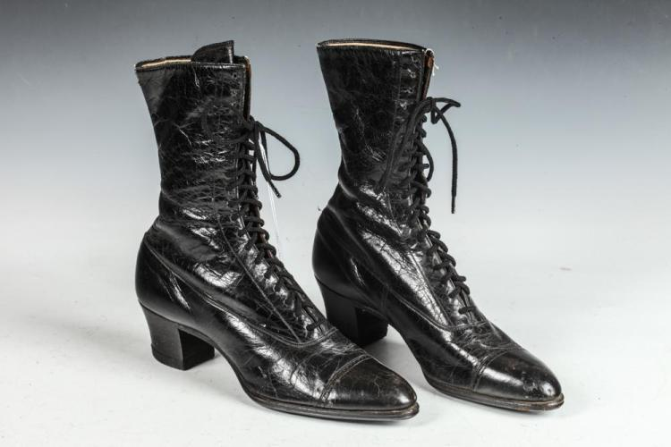 VINTAGE BLACK LEATHER HIGH LACE SHOES, C. 1890-1910.