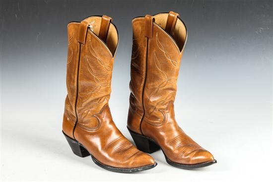 MEN'S COWBOY LEATHER BOOTS, Size 9.5D.