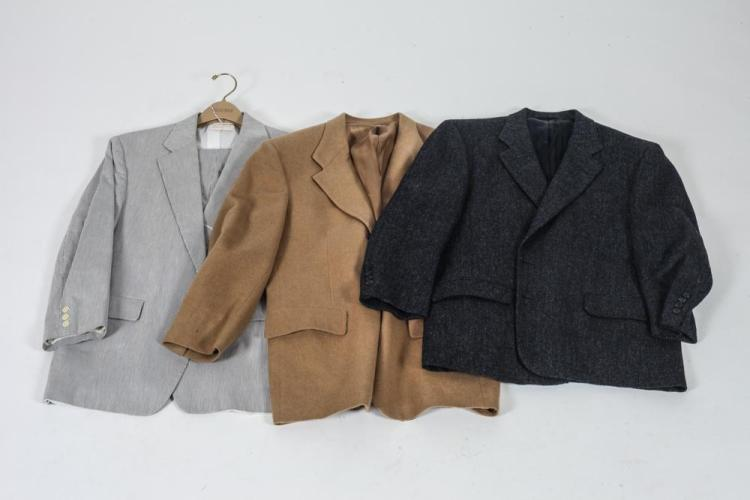 SELECTION OF MEN'S VINTAGE CLOTHING. No size labels, 19