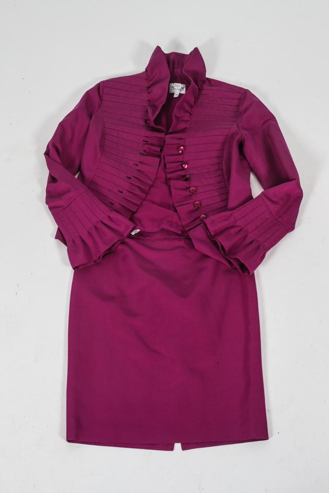 ARMANI COLLEZIONI RASPBERRY JACKET AND MATCHING SKIRT, size 40.
