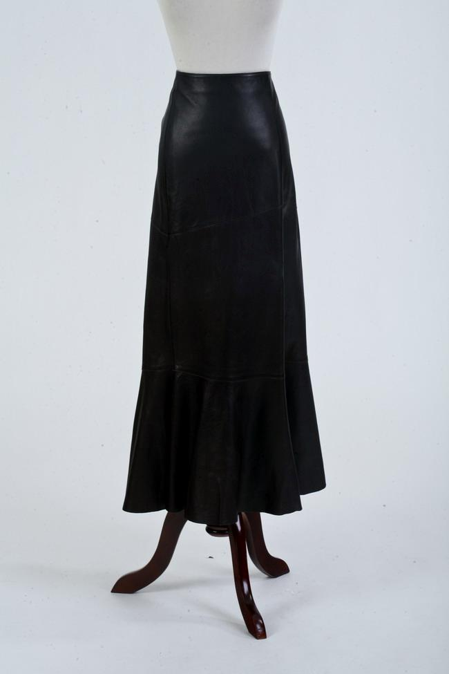 VESPUCCI DARK BROWN LEATHER SKIRT. size small.