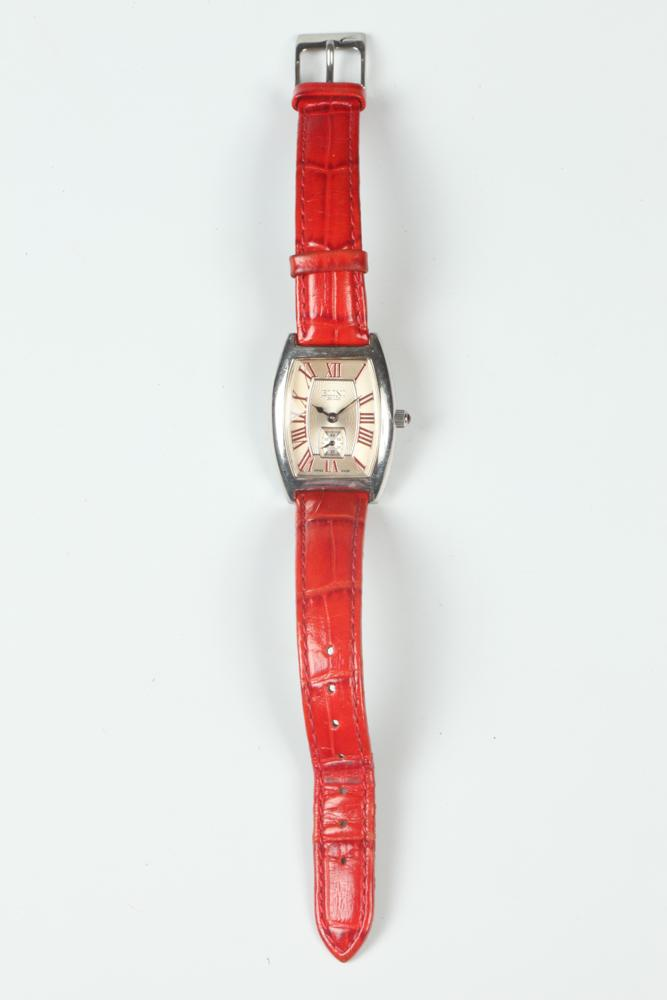 ELINI WRISTWATCH WITH RED LEATHER STRAP.