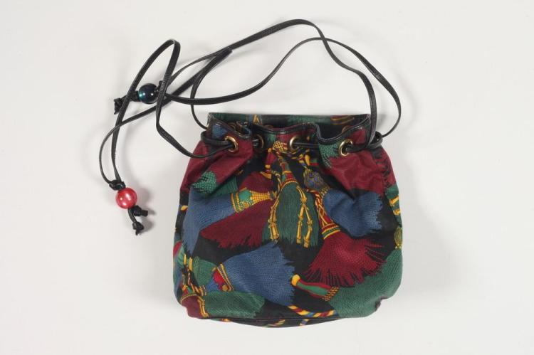BOTTEGA VENETA SCARF-PRINT LEATHER DRAWSTRING BAG.