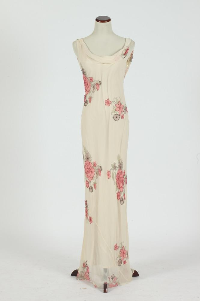 VINTAGE LONG CREAM SLEEVELESS DRESS WITH FLORAL MOTIF. size small.