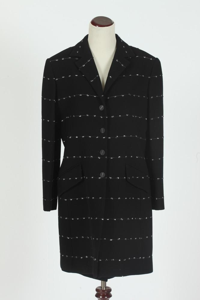 SAKS JANDEL BLACK JACKET WITH WHITE DETAIL AND MATCHING SKIRT, size large.