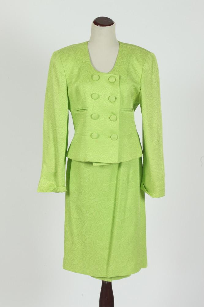 CHRISTIAN DIOR LIME COLOR SKIRT SUIT.