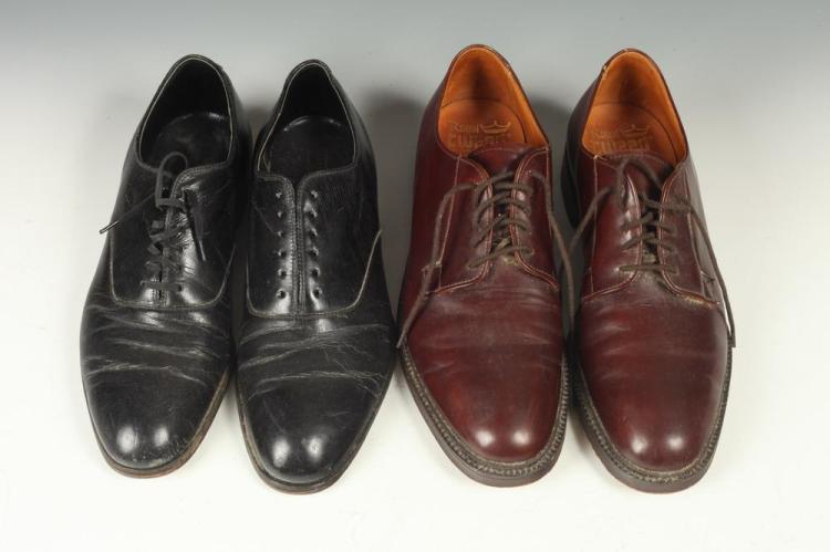 MEN'S LEATHER SHOES: ONE PAIR BROWN LEATHER; TWO PAIR BLACK LEATHER, size 10.