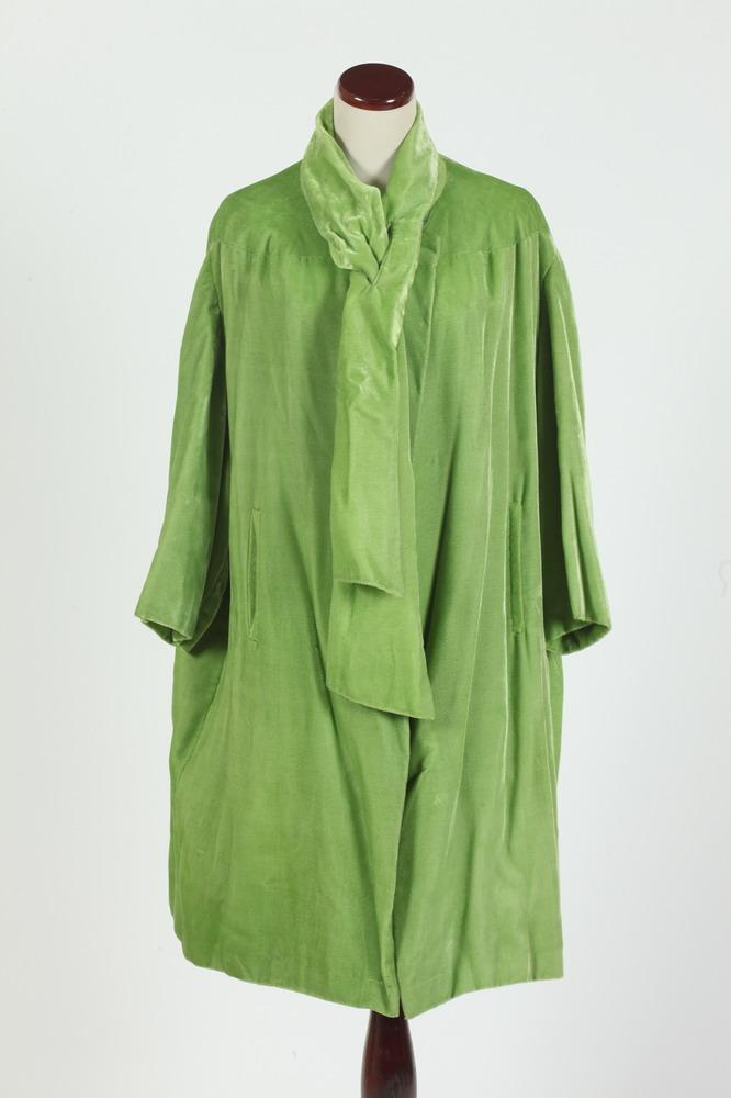 VINTAGE 1960'S LIME GREEN VELVET COAT AND MATCHING VELVET POUCH, size large.