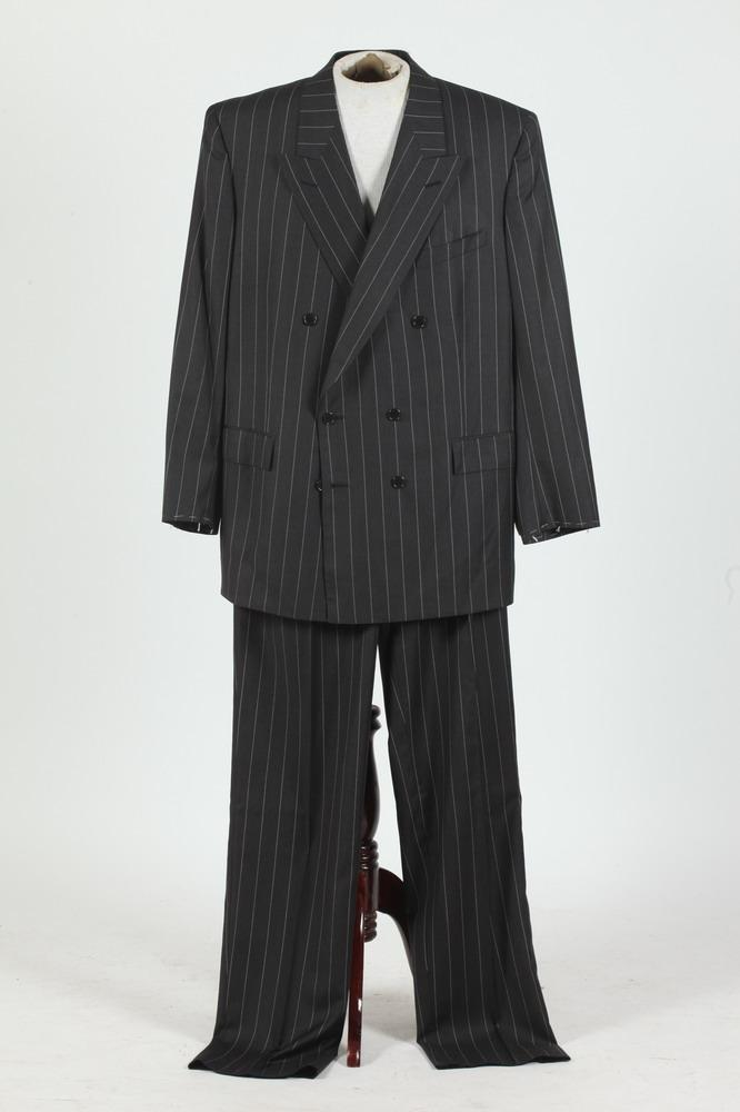 MEN'S BLACK WOOL DOUBLE-BREASTED SUIT WITH WHITE PINSTRIPES. (MISSING BUTTONS ON SLEEVE CUFFS), size 46T.