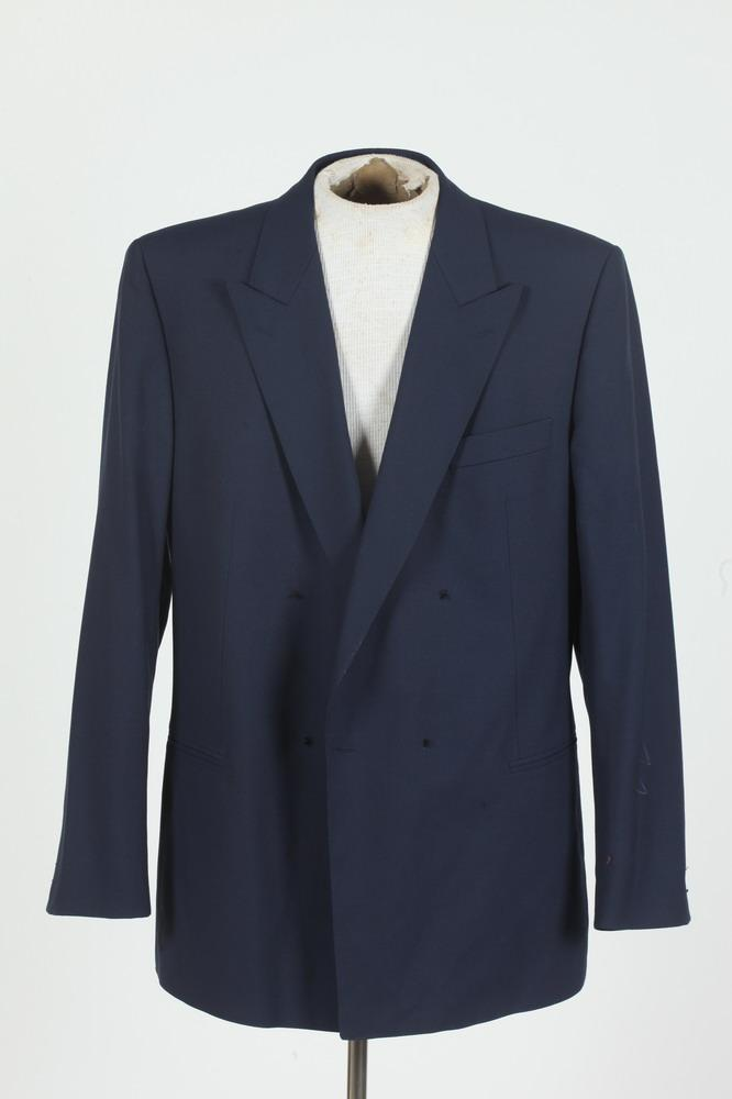 MEN'S INDIGO BLUE WOOL DOUBLE-BREASTED BLAZER. (MISSING BUTTONS ON CENTER AMD SLEEVE CUFFS), size 42L.