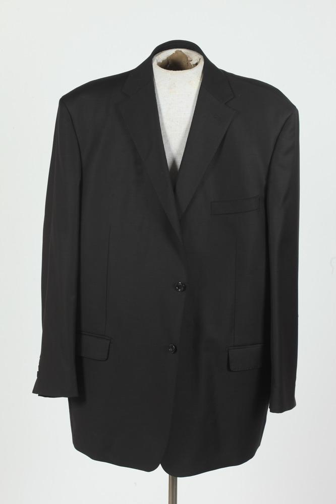 MEN'S CHARCOAL GREY WOOL BLAZER. size 52.