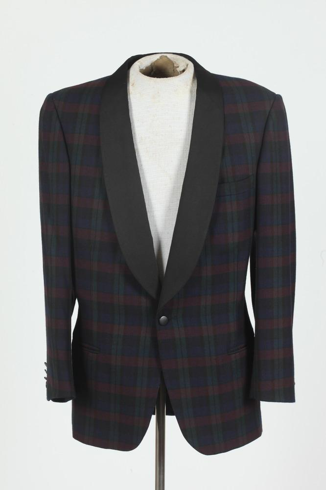 MEN'S BLUE, GREEN AND RED PLAID WOOL BLAZER WITH BLACK SATIN LAPEL, size medium.