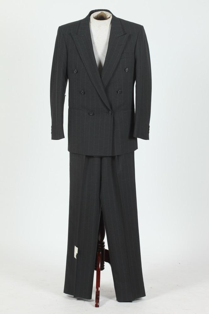 MEN'S CHARCOAL GREY PINSTRIPED SUIT, size 38R.
