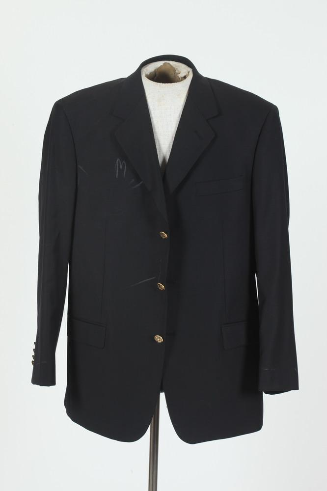 MEN'S NAVY BLUE JACKET WITH GOLD-TONE BUTTONS. size 48.