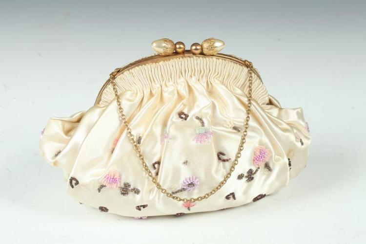 VINTAGE IVORY SATIN PURSE WITH BEADED FLORAL MOTIF, 1930's;