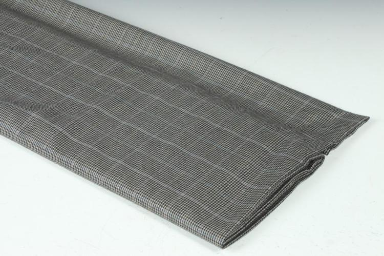 GREY BLUE AND BLACK HOUNDSTOOTH WOOL FABRIC.