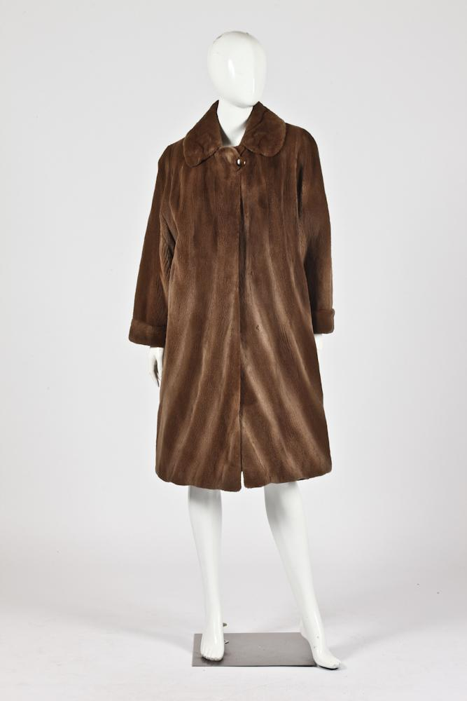 FURS OF KISZALY COFFEE COLOR SHEARED RANCH MINK COAT. size small/medium.
