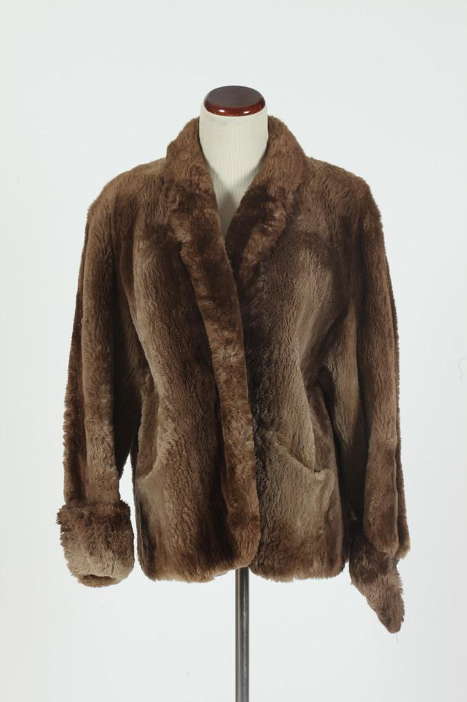 JOSEPH THE FURRIER SHEARED BEAVER JACKET.