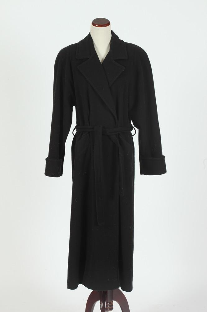 MAYFAIR BLACK CASHMERE COAT, size 12.