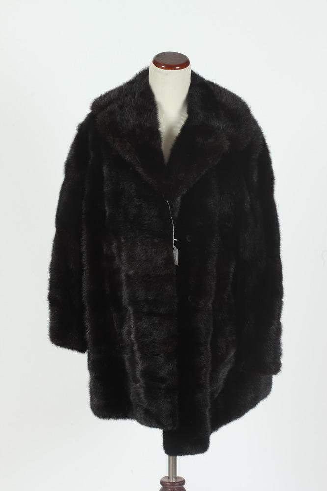 FUR COAT 3/4 LENGTH FROM WOODWARD & LOTHROP, size medium.