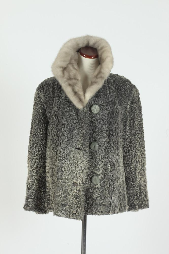 VINTAGE SCHIAPARELLI GREY LAMBSWOOL JACKET WITH FUR COLLAR, FROM NIKIDES FINE FURS, DAYTON OHIO, size medium/large.